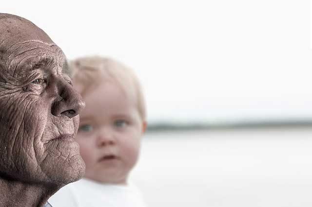 старец-с-бебе