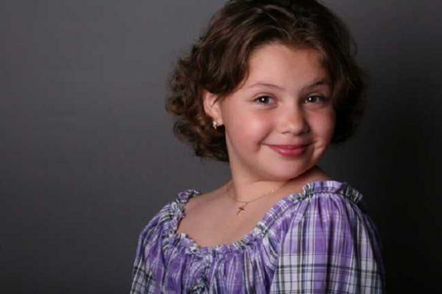 11-годишната-внучка-на-Лучано-Павароти-пее-ангелски-като-дядо-си.-Само-я-чуйте!