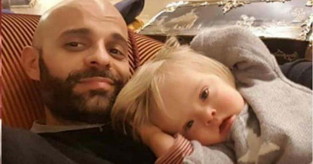 Самотен-баща-осиновил-момиче-със-синдром-на-Даун,-отхвърлено-от-20-други-семейства