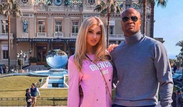 Дъщерята на руски модел и нигерийски футболист смайва света с красотата си