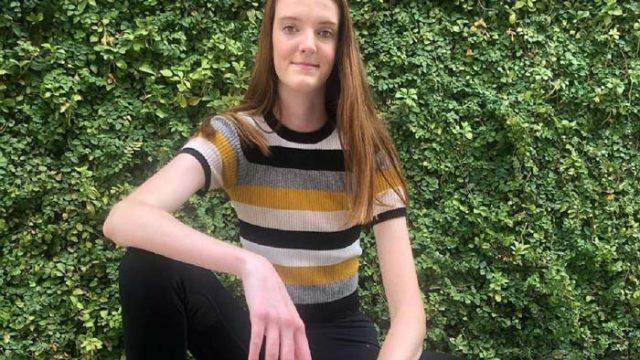 17-годишно момиче има най-дългите крака в света