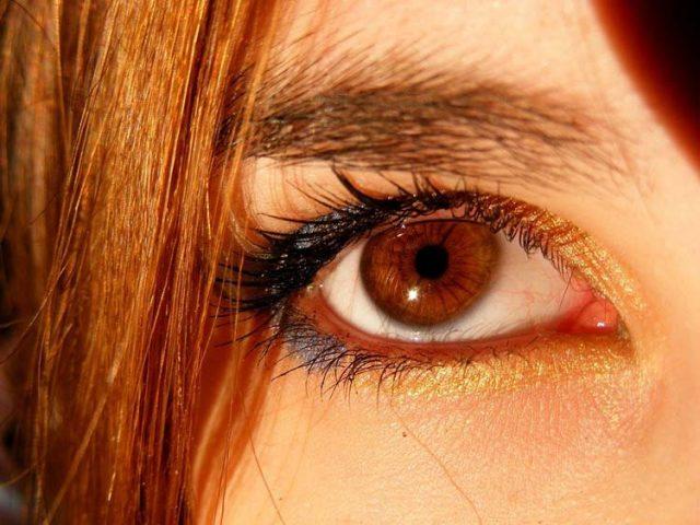 Интересни факти за хората с кафяви очи: какво ги отличава от другите