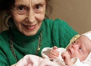 Жена родила дъщеря на 67. Как изглежда тя 14 години по-късно